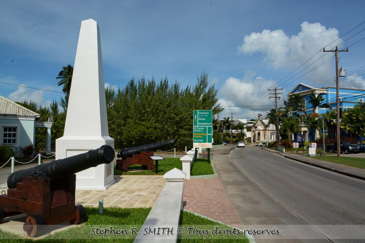 Le Monument de Holetown_ attraction à voir à la Barbade